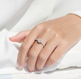 顯大未來鑽石鑽戒